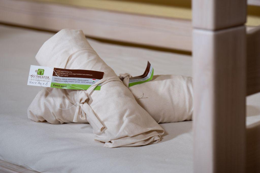 csomagolt színes lepedők